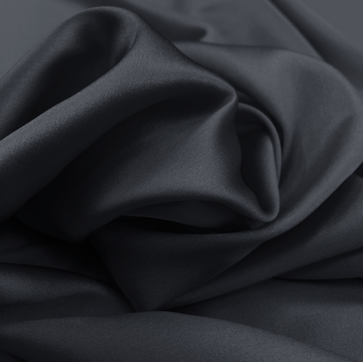 Шелк атласный черного цвета с синим отливом