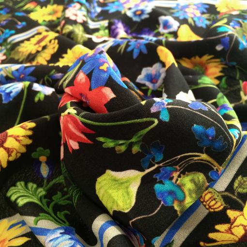Вискоза креп струящаяся принт D&G цветы на черном