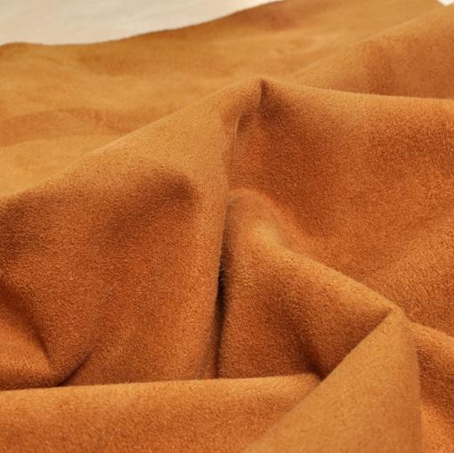 Искусственная дубленка песочно-коричневого цвета с кремовым мехом