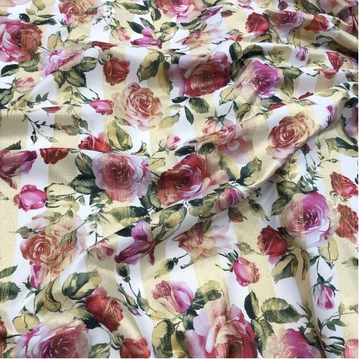 Жаккард нарядный дизайн Elisa Fanti розы и люрексовые полосы на белом фоне