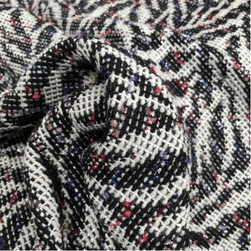 Жаккард нарядный Chanel черная абстракция с люрексом на молочном фоне