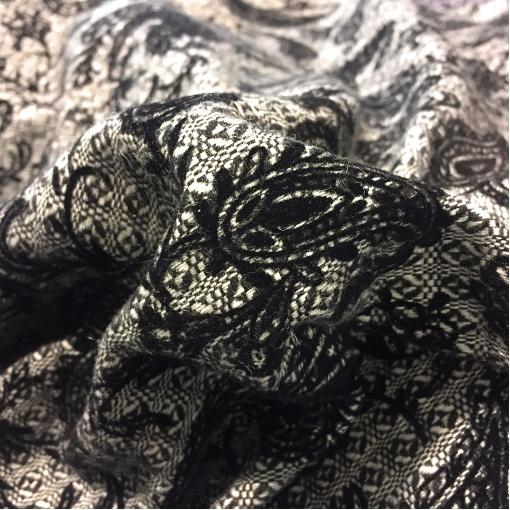 Шерсть костюмно-пальтовая принт ETRO с флоковым рисунком черного цвета
