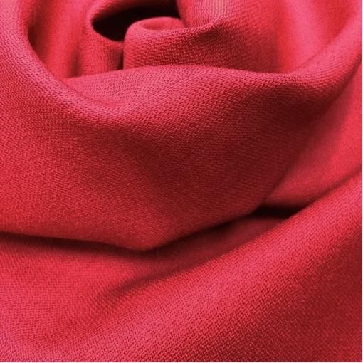 Ткань костюмная шерстяная стрейч Valentino темно-красного цвета с отливом