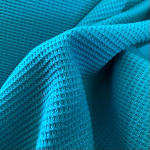 Шерсть костюмная мягкая пике стрейч ярко-голубого цвета