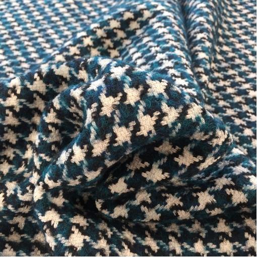 Ткань пальтовая Max Mara черно-белый пье-де-пуль с голубыми вкраплениями