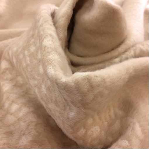 Ткань пальтовая с мелким ворсом песочного цвета с купоном