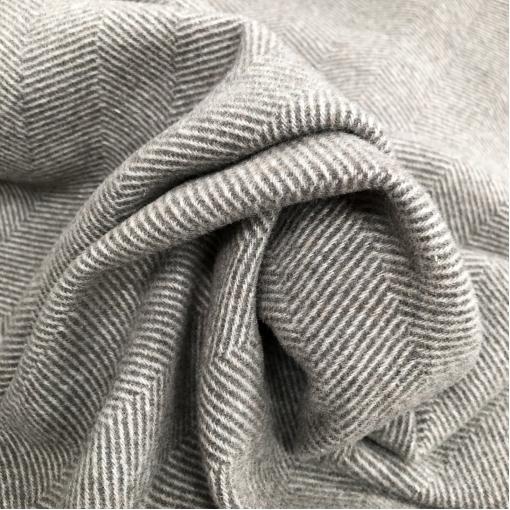 Ткань пальтовая мягкая Ferragamo крупная елочка цвета серого тоффи
