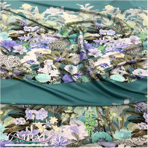 Шелк чесуча цветочный купон на нежно-бирюзовом фоне