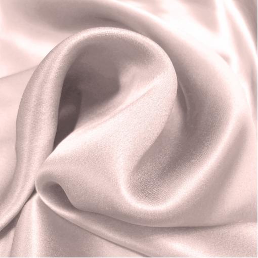 Шелк атласный нежного разбелено-розового цвета