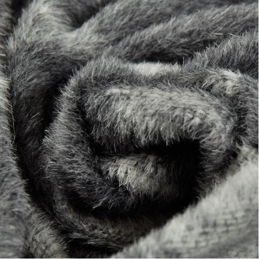 Пальтовый жаккард в черно-серых тонах
