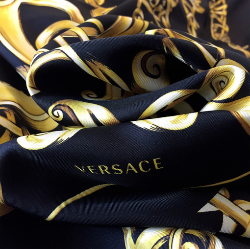 Шелк атлас купон Versace черный с золотыми вензелями