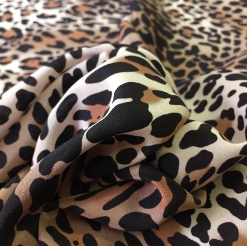 Шелк креп D&G леопард в бежево-коричневых тонах