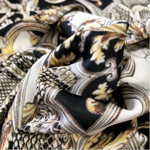 Джерси вискозное стрейч Just Cavalli вензеля и кожа рептилии