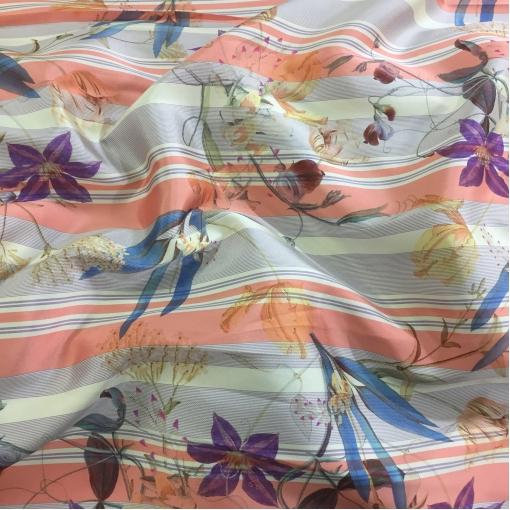 Жаккард нарядный принт Ferragamo цветы и полосы в кораллово-сиреневой гамме