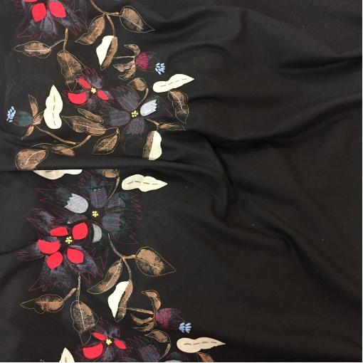 Ткань костюмная нарядная с продольным объемным купоном Blumarine
