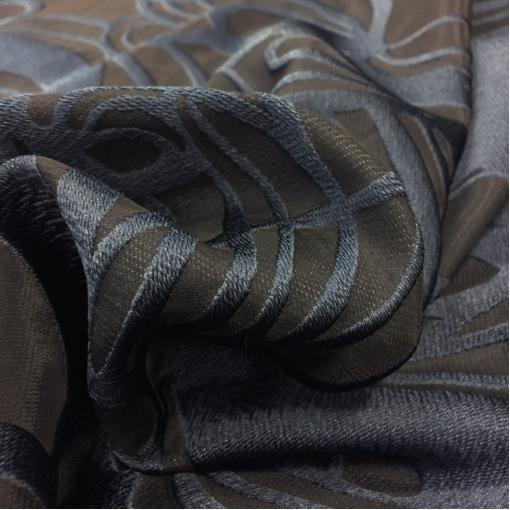 Тафта нарядная Ferragamo черно-синие цветы и геометрия.