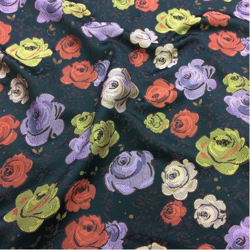 Жаккард нарядный принт Blumarine розы на черном фоне