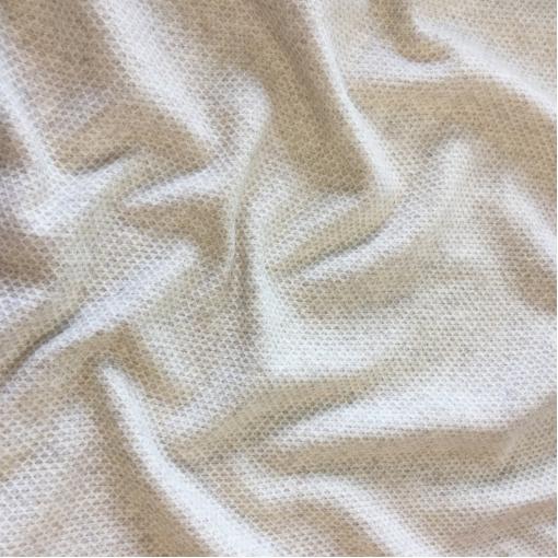 Ткань пальтовая стрейч Max Mara вафельный узор молочного цвета