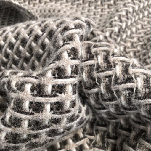 Ткань пальтовая плетеная Chanel клеточка в кофейно-бисквитных тонах