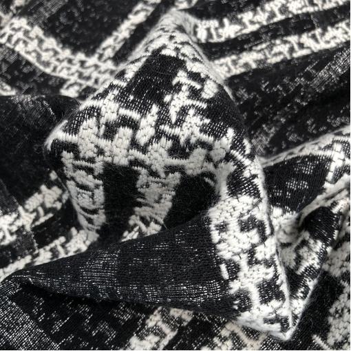 Ткань пальтовая плетеная Chanel крупная клетка в черно-белых тонах