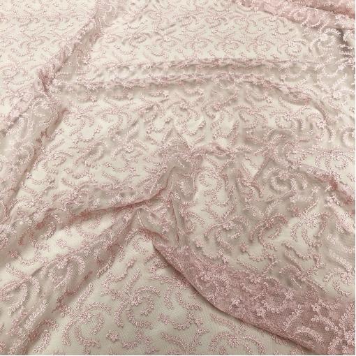 Сетка Blumarine с вышитыми цветочками стрейч пудрово-розового цвета