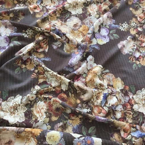 Ткань костюмная шерсть с шелком D&G пье-де-пуль и букеты