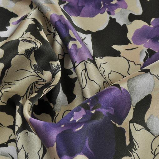 Шелк атлас стрейч с цветочной тематикой