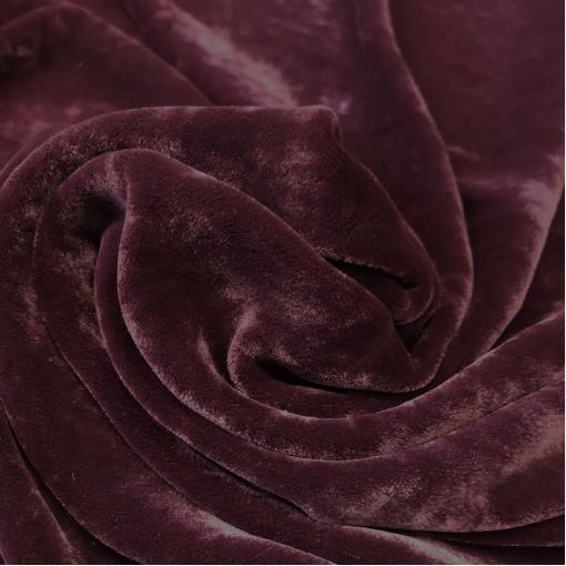 Панбархат на шелковой основе винно-свекольного цвета