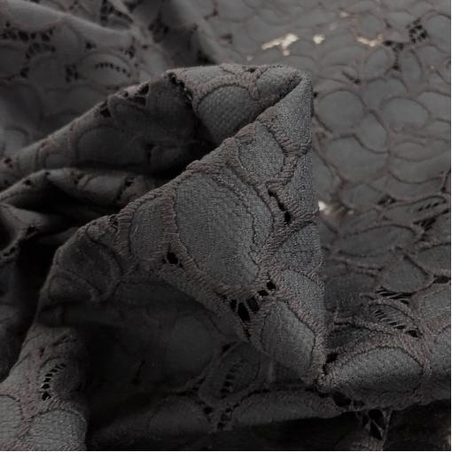 Кружево макраме вискозное дизайн D&G с черными розами