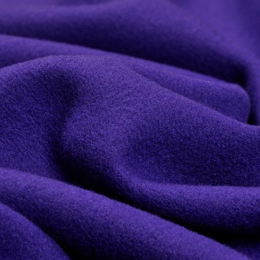 Пальтовая ткань цвета электрик