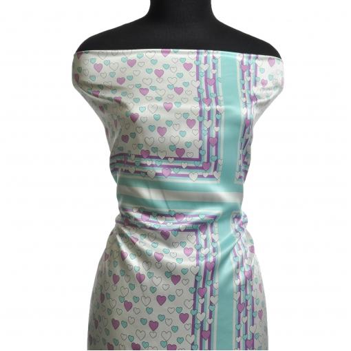 Шелковые атласные платки с сердечками и бирюзовой каймой