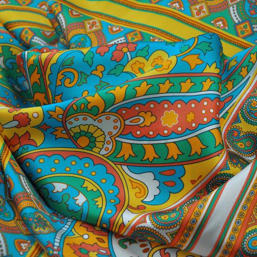 Шёлк атласный Setarium принт жёлто-голубые платки
