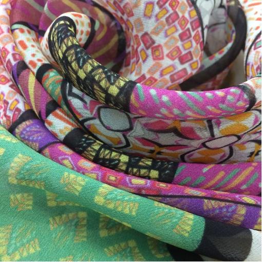 Шелк шифон купон принт Armani разноцветные штрихи