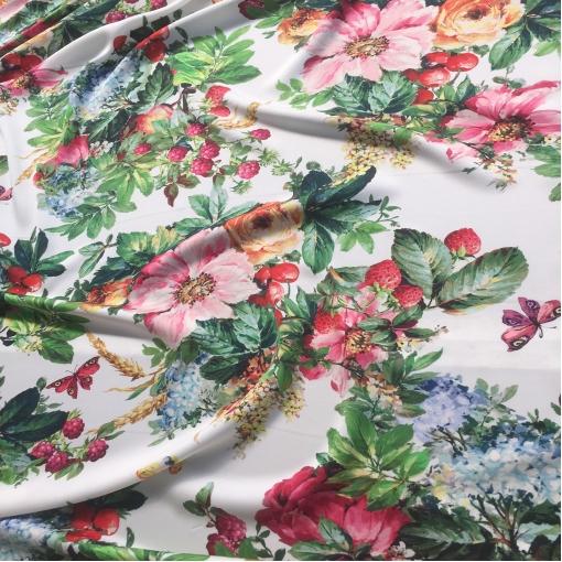 Шелк креповый стрейч принт D&G цветы, ягоды и бабочки