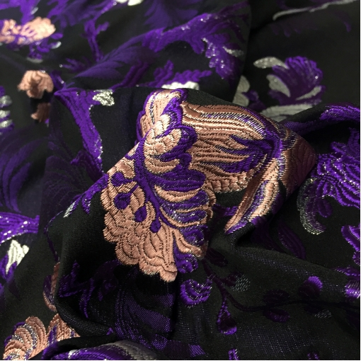 Жаккард нарядный Alberta Ferretti цветы в сиренево-розовой гамме