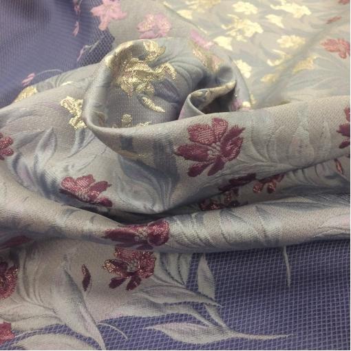 Жаккард нарядный голубой купон с розовыми и люрексовыми цветами