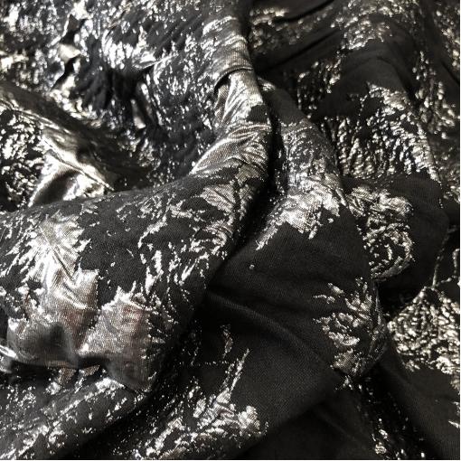 Жаккард нарядный двухсторонний с люрексом D&G цветы в черно-серебристых тонах
