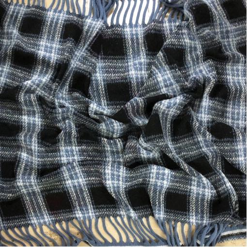 Ткань пальтовая букле дизайн Ferragamo с бахромой клетка в голубых тонах