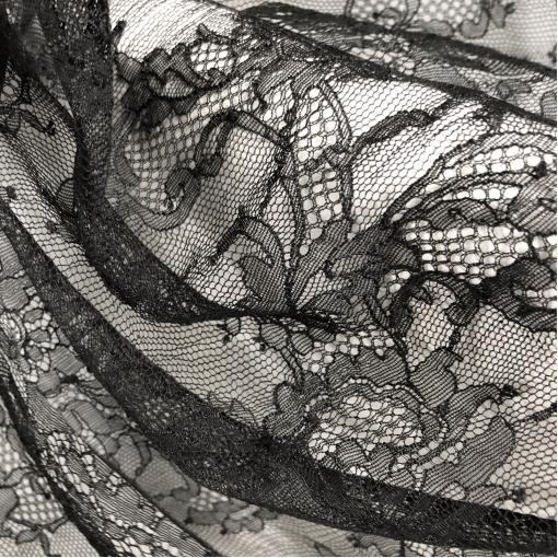 Кружево дизайн Soltis стрейч цветочный орнамент черного цвета