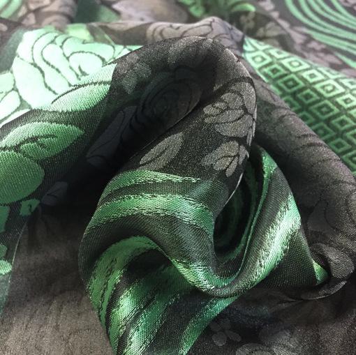 Органза нарядная зеленые полосы