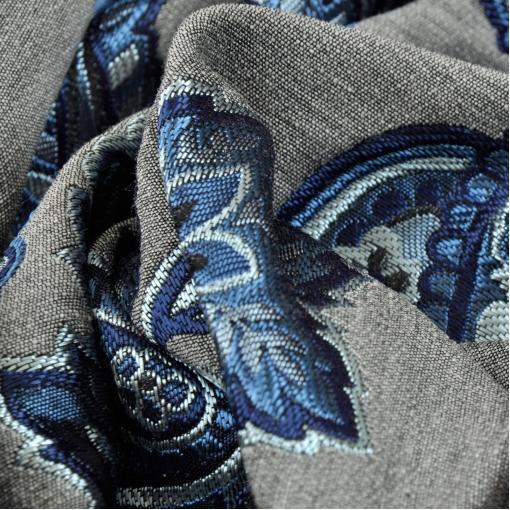 Жаккард на сером фоне синий купон из огурцов