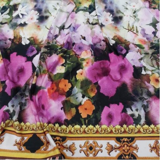 Скользкий вискозный трикотаж Dolce & Gabbana