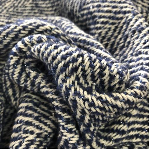 Шанель нарядная шерстяная костюмная дизайн Chanel сине-белая елочка с серебристым люрексом
