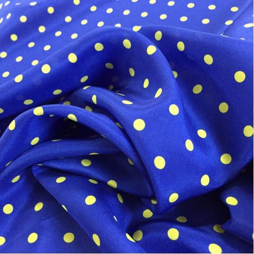 Шелк креп принт Aspesi салатовый горошек на синем фоне