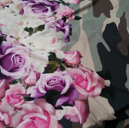 Вискозное джерси с принтом Blugirl розы милитари