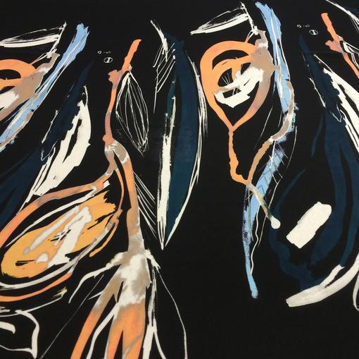 Шелк креповый купон абстракция на черном фоне