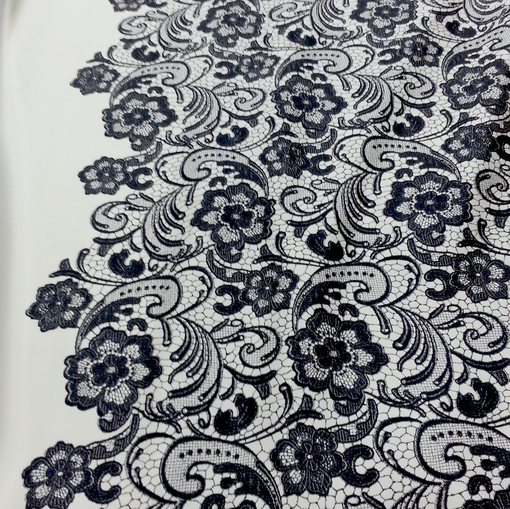 Плотный костюмный шелк с купоном Versace