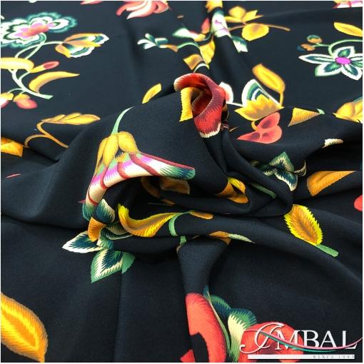 Шелк матовый креповый принт Kenzo абстрактные цветы с горчичными листьями на черном фоне