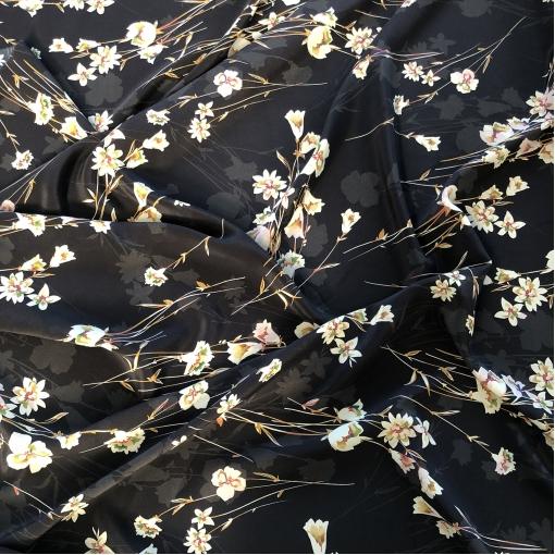 Шелк креповый стрейч принт Prada незабудки на графитово-черном фоне