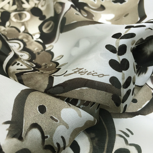 Шелк шифон принт Fisico купон в шоколадно-оливковой гамме на белом фоне